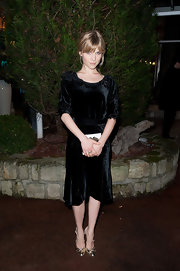Clemence Poesy jumped in on the velvet trend at the Sidaction Gala Dinner.