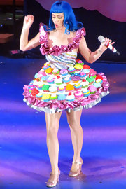 Katy Perry performed in London in a pair of sparkly pink mary jane pumps.