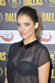 Julie Gonzalo looked fab at the 'Dallas' launch party with her hair pulled back in a teased ponytail.