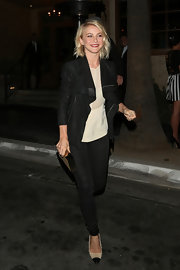 Julianne Hough chose a cool fitted jacket with long, slouchy lapels for her look while heading out to dinner.