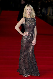 Sarah Harding joined two trends—metallic and lace—in this bronze gown for her night at the premiere.