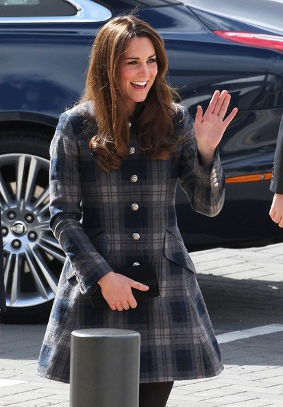 More Pics of Kate Middleton Wool Coat (5 of 13) - Wool Coat Lookbook - StyleBistro
