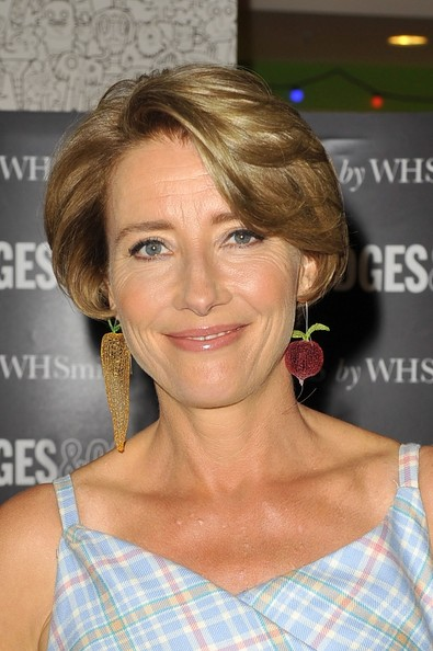 Emma Thompson S Face Framing Haircut Haute Hairstyles