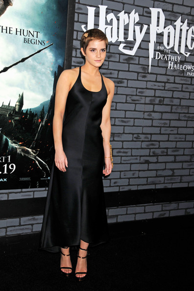 more pics of emma watson little black dress 23 of 24