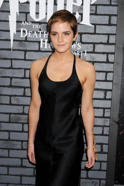 more pics of emma watson little black dress 15 of 24