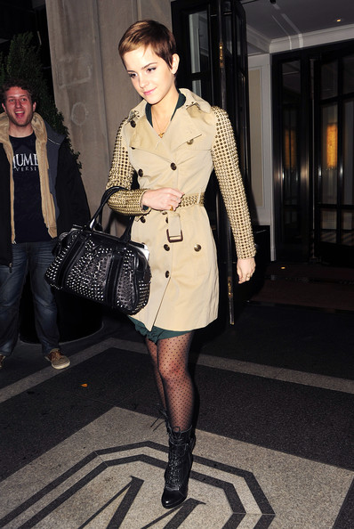 More Pics of Emma Watson Studded Shoulder Bag (1 of 4) - Emma Watson Lookbook - StyleBistro