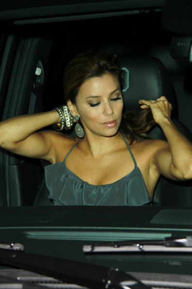 More Pics of Eva Longoria Dangling Diamond Earrings (1 of 13) - Eva Longoria Lookbook - StyleBistro