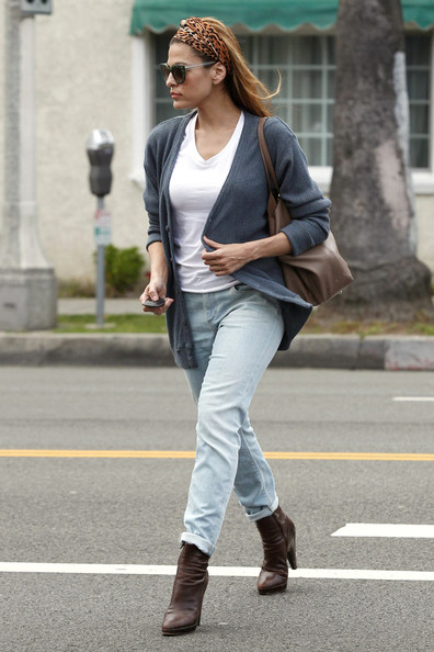 More Pics of Eva Mendes Head Scarf (1 of 18) - Head Scarf Lookbook - StyleBistro