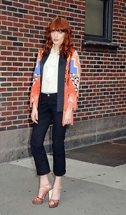 Florence Welch arrived at the set of 'David Letterman' wearing a multi-colored pair of heels.