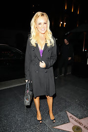 Bridget Marquardt dined out in Hollywood in a pair of black satin peep toes.