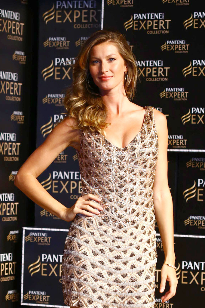 Gisele+Bundchen in Gisele Bundchen Promotes New Patene Products