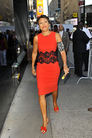 Robin Roberts wore a simple red sheath jazzed up with a lace panel to the the 'Good Morning America' show.