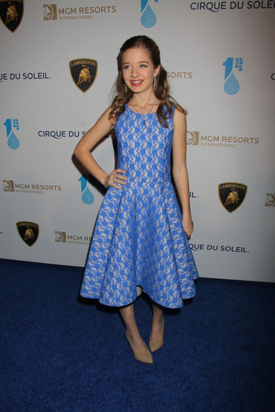 Jackie Evancho chose a fun and youthful blue dress with a full, princess-style skirt for her look at the 'One Night for One Drop' event.