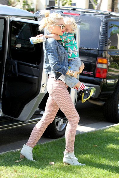 Gwen Stefani and Family Celebrate Mother's Day