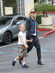 Gwen Stefani stepped out in a pair of sneaker wedges.
