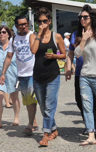 Halle Berry Visits Sugarloaf Mountain