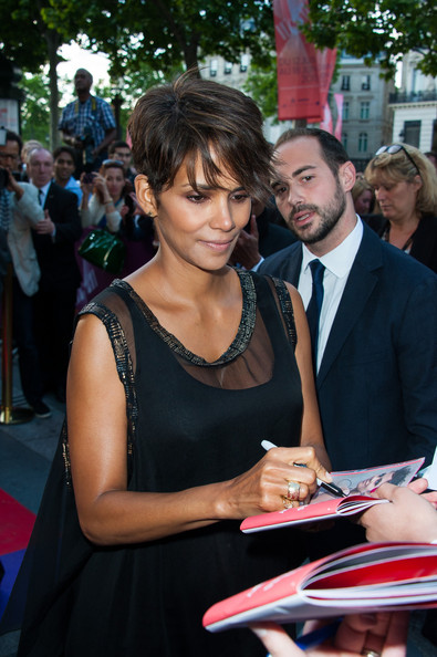 More Pics of Halle Berry Pixie (3 of 8) - Short Hairstyles Lookbook - StyleBistro