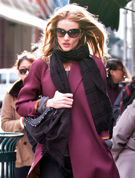 More Pics of Rosie Huntington-Whiteley Patterned Scarf (1 of 15) - Rosie Huntington-Whiteley Lookbook - StyleBistro