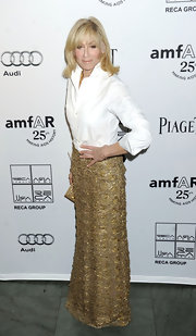 This gold floor-length skirt was such a show stopper on Judith Light.