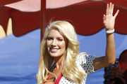 Heidi Montag Long Side Part
