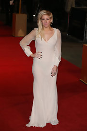 Ellie looked ethereal on the 'Les Mis' red carpet in this sheer white chiffon dress.