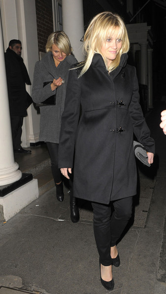 More Pics of Cameron Diaz Wool Coat (1 of 22) - Cameron Diaz Lookbook - StyleBistro