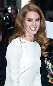 Lana Del Ray wore her hair in big shiny curls during an appearance on the 'Late Show With David Letterman.