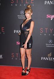 Nicole Richie looked scandalous in this slinky cutout mini on the Style Awards red carpet.