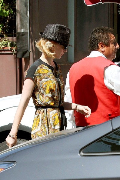More Pics of January Jones Straw Hat (1 of 16) - January Jones Lookbook - StyleBistro