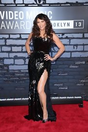 Paula Patton's beaded black strapless dress showed off her curves and gave us just a peek of leg with a high front slit.