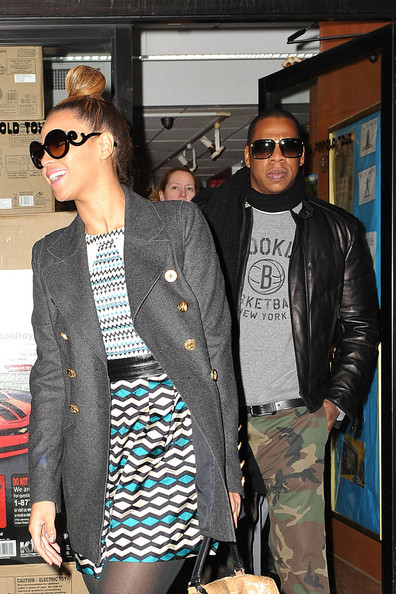 Beyonce Knowles and Jay-Z Go Shopping