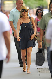 Jennifer rocked a carefree daytime look when she sported a spaghetti strap frock.