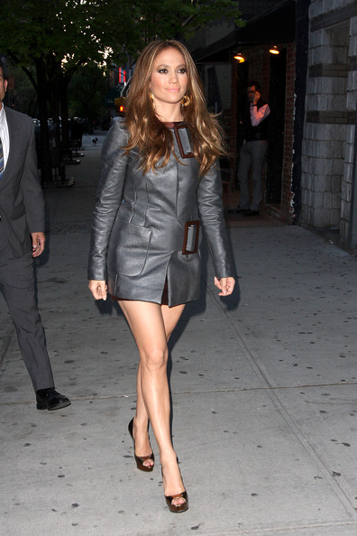 Jennifer Lopez Trenchcoat