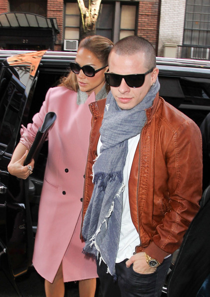 More Pics of Jennifer Lopez Wool Coat (1 of 10) - Jennifer Lopez Lookbook - StyleBistro