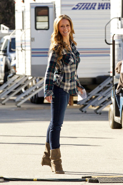 More Pics of Jennifer Love Hewitt Classic Jeans (4 of 18) - Jeans Lookbook - StyleBistro