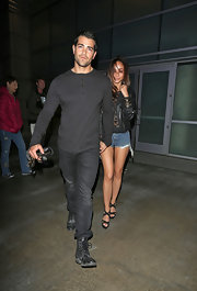 Jesse Metcalfe stepped out in a super casual henley while hitting the town with his fiance.