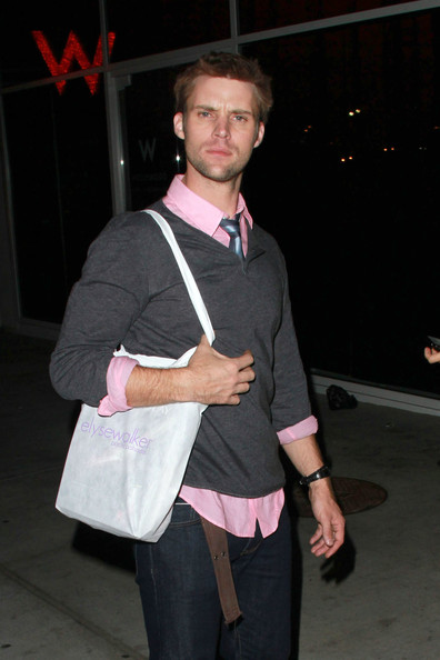 Jesse Spencer Clothes