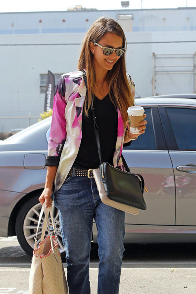 More Pics of Jessica Alba Boyfriend Jeans (2 of 14) - Boyfriend ...