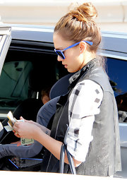 Jessica Alba went out to lunch wearing her hair in a casual loose bun.