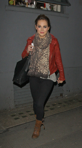 More Pics of Kara Tointon Patterned Scarf (1 of 7) - Patterned Scarf Lookbook - StyleBistro