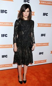 Rose Byrne sparkled in her black beaded cocktail dress. If only her smile had been sparkling, as well!