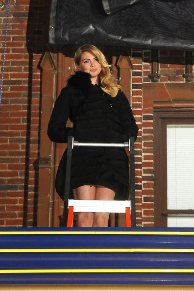Kate Upton Unveils Her Cover