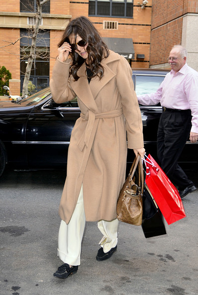Katie Holmes Suede Loafers []