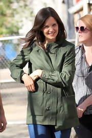 Katie works the military trends without feeling too, well, trendy in this mid-length army green jacket.