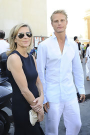 Claire Chazal's aviator sunglasses kept up her cool appearance.