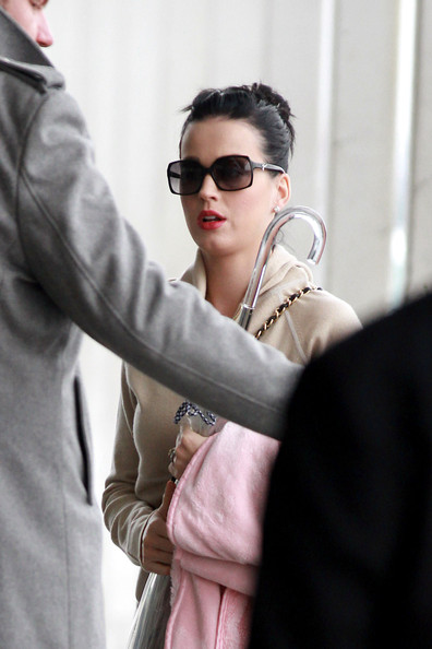 Katy Perry Square Sunglasses []