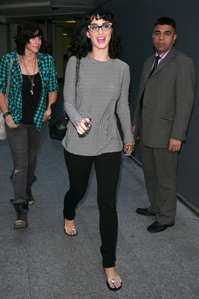 More Pics of Katy Perry Long Sleeve T-Shirt (5 of 14) - Tops Lookbook - StyleBistro []