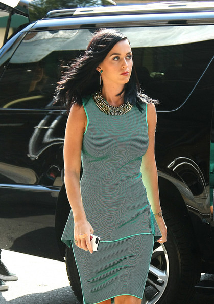 More Pics of Katy Perry Cocktail Dress (5 of 11) - Katy Perry Lookbook - StyleBistro