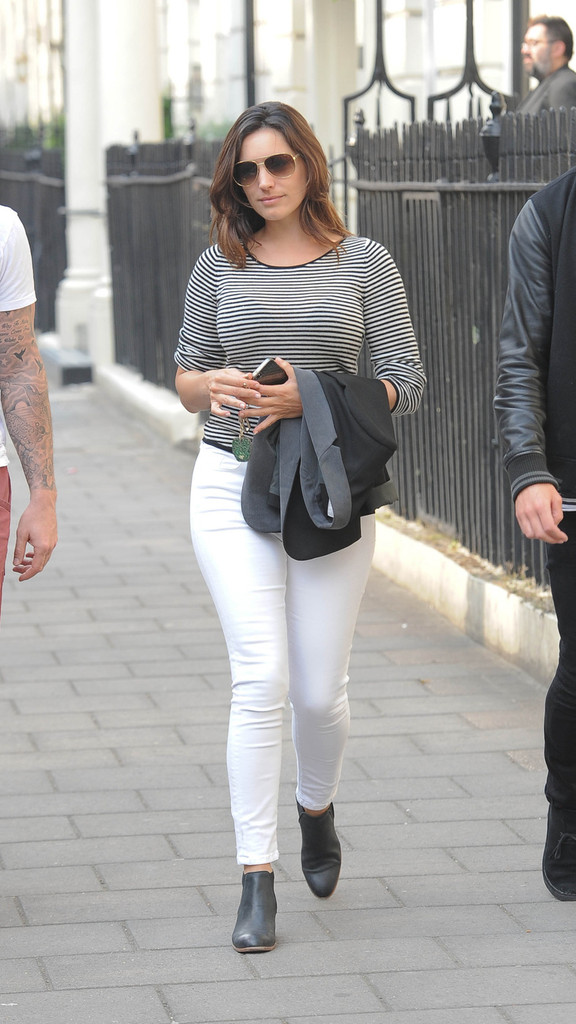 More Pics Of Kelly Brook Skinny Jeans 4 Of 20 Kelly