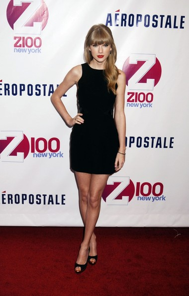 More Pics of Taylor Swift Peep Toe Pumps (3 of 3) - Taylor Swift Lookbook - StyleBistro